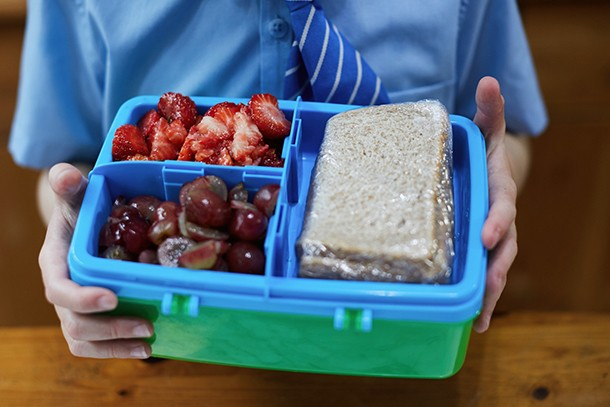 dreading-school-packed-lunch_191129