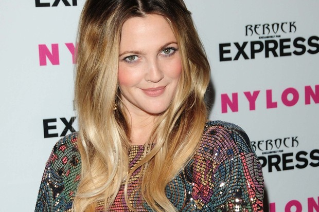 drew-barrymore-wants-to-share-joy-of-e-t-with-daughter_41308