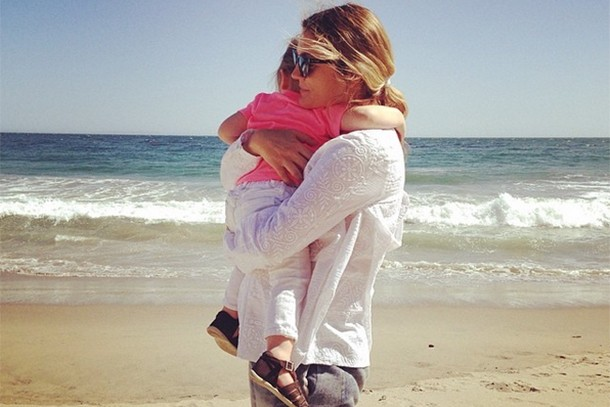 drew-barrymore-was-overwhelmed-with-postnatal-depression-after-second-child_134105