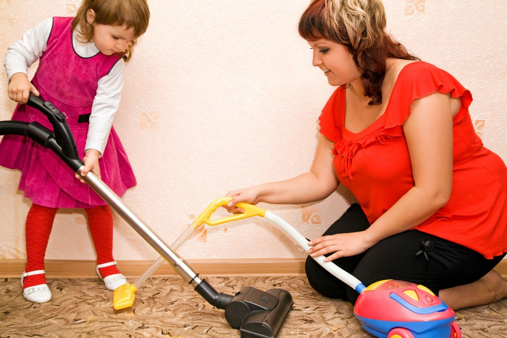 dusting-protects-children-from-toxic-chemicals_22915