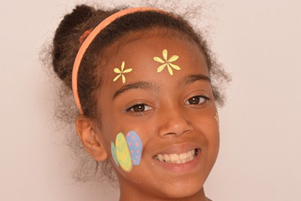 easter-face-paint-eggs-and-flowers_85462