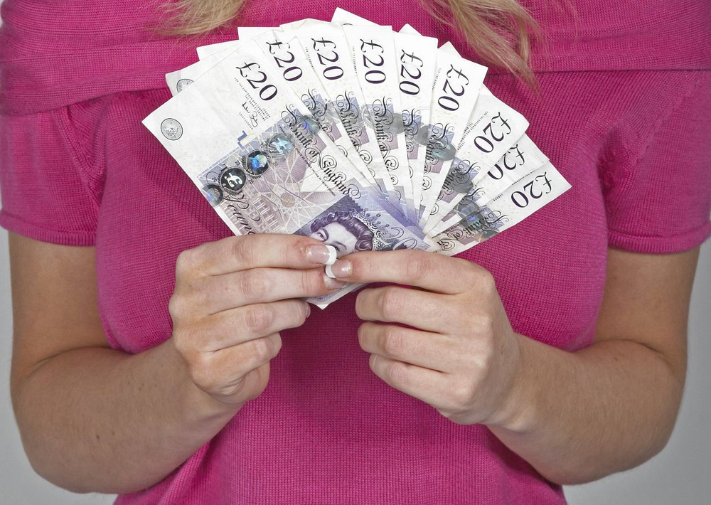 easy-ways-for-mums-to-make-extra-money_32397