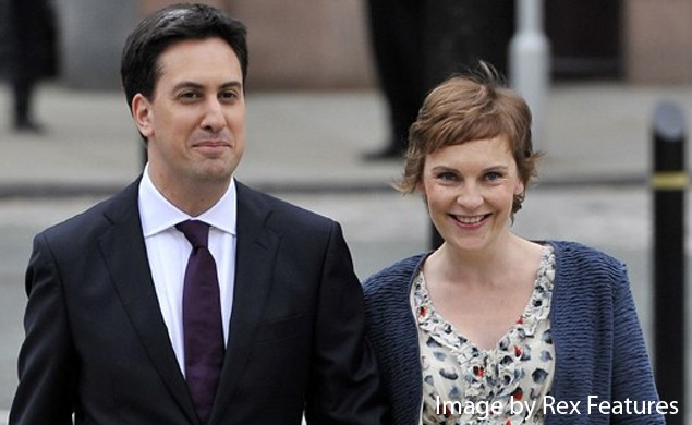 ed-miliband-registers-the-birth-of-baby-samuel_17237