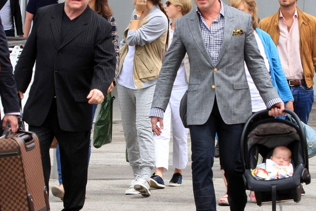 elton-john-and-david-furnish-celebrity-dads-of-the-year_22042