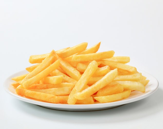 enjoying-too-many-chips-during-pregnancy-could-affect-your-unborn-babys-growth_73258