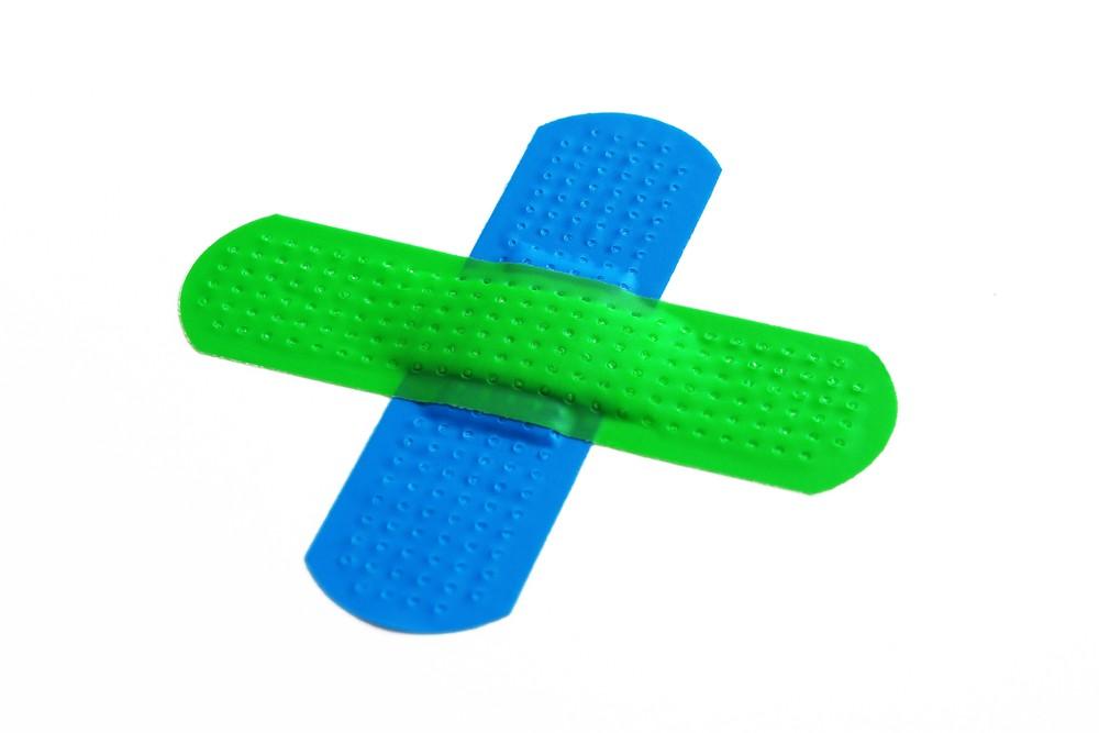 essential-emergency-first-aid-kit_16472