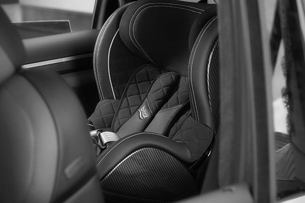exclusive-designer-car-seat-that-costs-almost-1000_62877