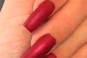 fake-nails-and-newborns-can-you-do-it_195913