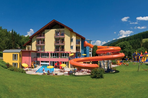 family-holiday-review-kinderhotel-in-austria_20503