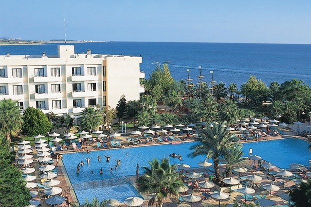 family-holiday-review-louis-paethenon-hotel-in-cyprus_11360