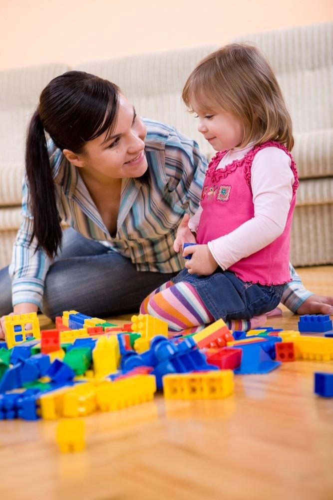 family-life-more-frantic-than-fun-says-new-survey_11613
