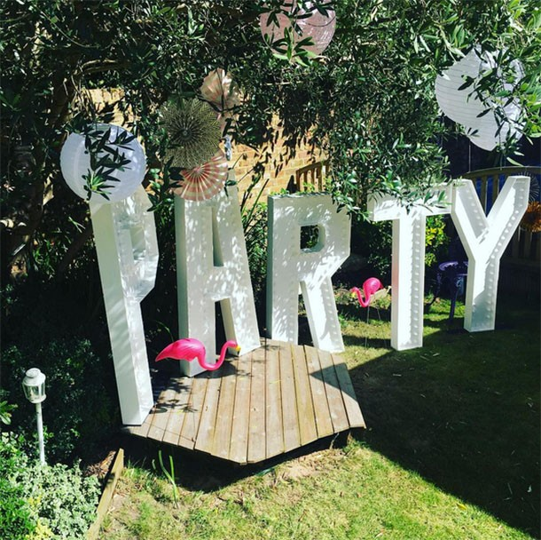 fearne-cotton-throws-epic-1st-birthday-bash-for-ginger-angel-honey-krissy_162291