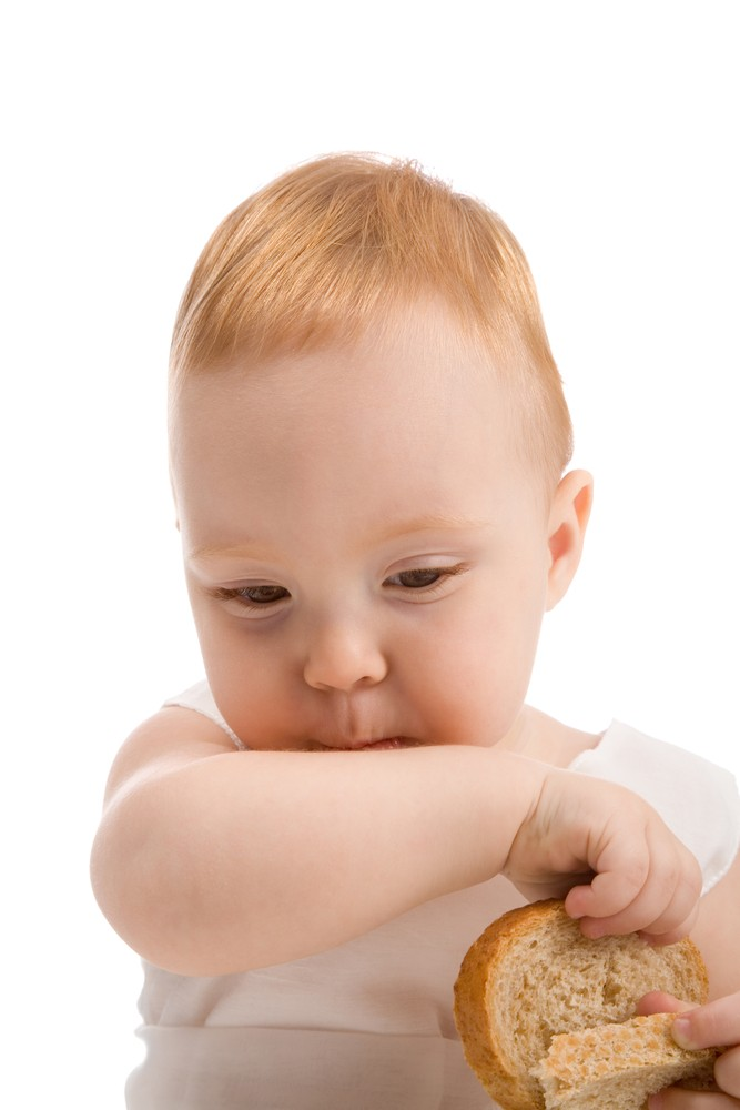 feeding-a-child-with-a-wheat-allergy_18139