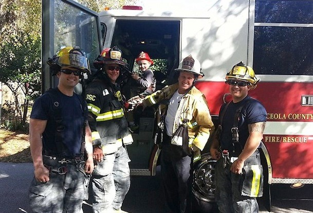 firefighters-save-birthday-party-for-little-boy-with-autism_84572
