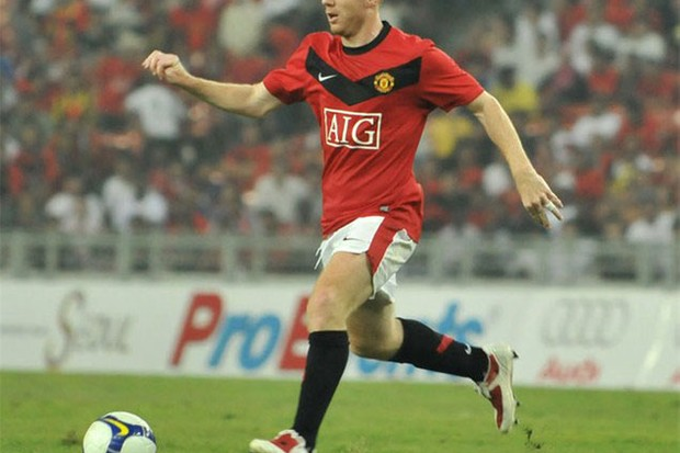former-footballer-paul-scholes-announces-his-son-has-autism_28171