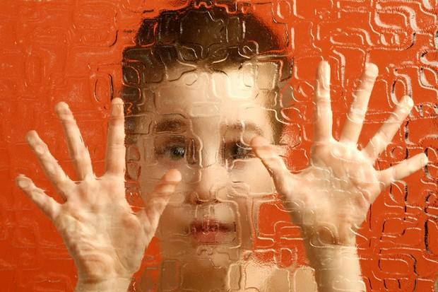 friendly-robot-helps-children-with-autism_15450