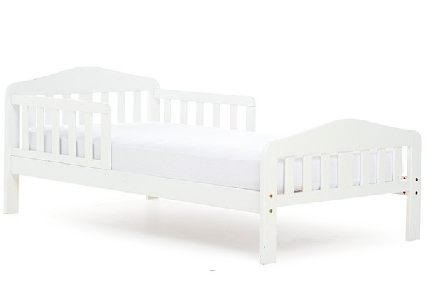 from-crib-to-cot-to-bed_151003