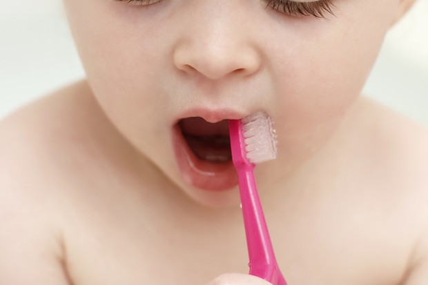 from-healthy-teeth-to-relieving-fever-expert-advice-for-your-tot_49289