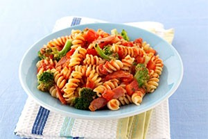 fusilli-with-bacon-and-broccoli_138976