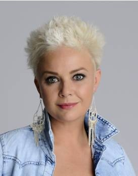 gail-porter-on-honey-hair-and-hitting-40_16429