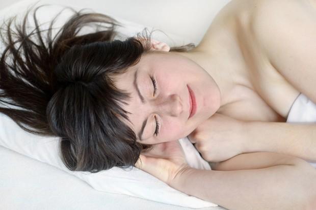 good-nights-sleep-helps-you-lose-fat_16263