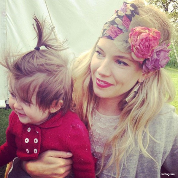 gorgeous-pic-of-sienna-miller-cuddling-adorable-baby-daughter-marlowe_47471