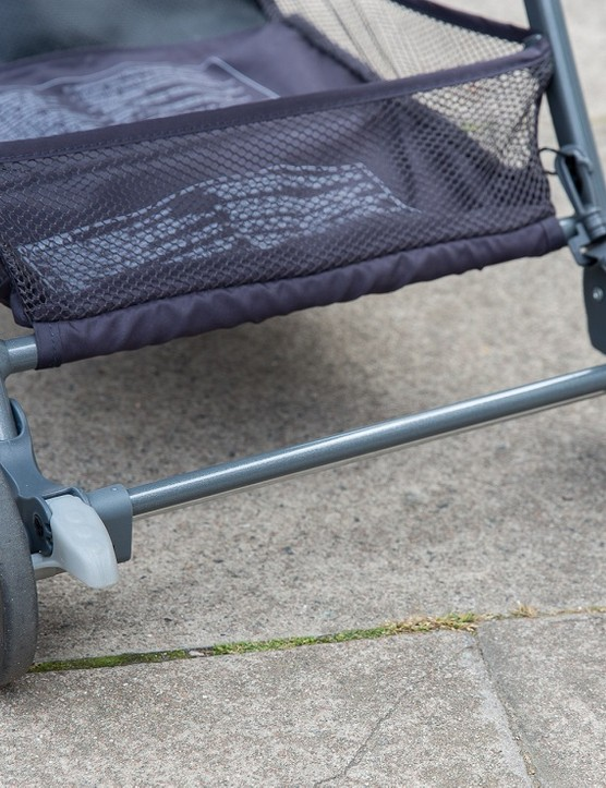 graco-featherweight-stroller_180820