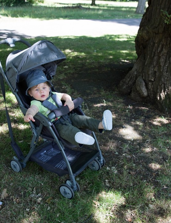 graco-featherweight-stroller_180824