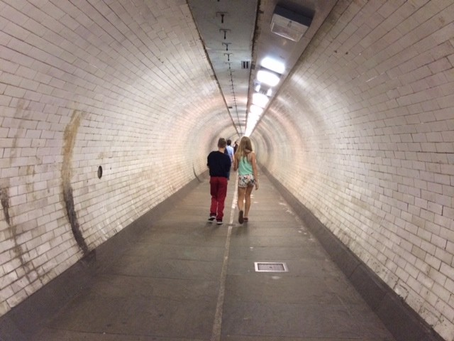 greenwich-foot-tunnel-family-reviews_59234