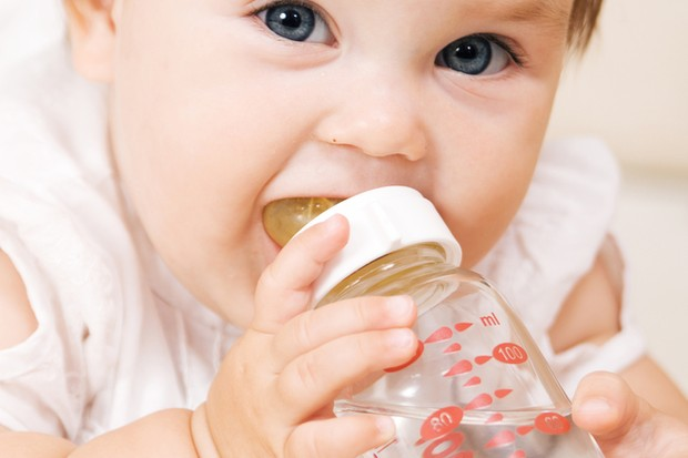 guide-to-drinks-for-your-baby-at-7-9-months_18099