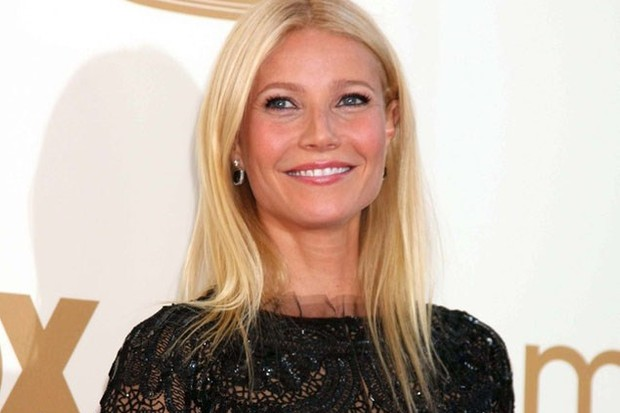gwyneth-paltrow-i-only-let-my-children-watch-tv-in-french-or-spanish_41014