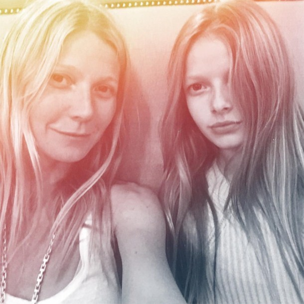 gwyneth-paltrow-admits-she-struggles-with-daughters-short-dresses-and-make-up_155668