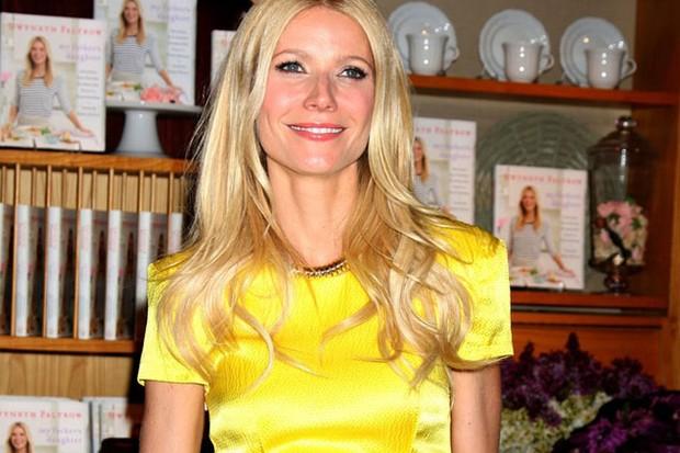 gwyneth-paltrow-and-chris-martin-want-60000-tutor-for-their-children_22153