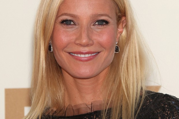 gwyneth-paltrow-opens-up-about-her-heartbreaking-miscarriage_73655