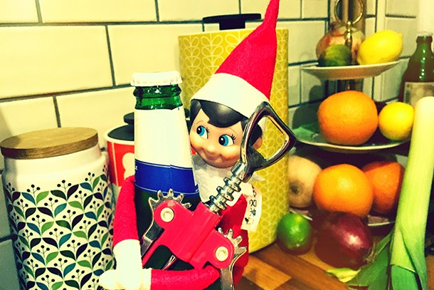 has-anyone-else-caught-their-elf-on-the-shelf-slacking-off_134481