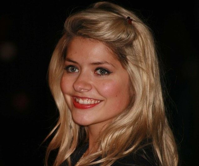 holly-willoughby-suffering-from-pregnancy-migraines_19592