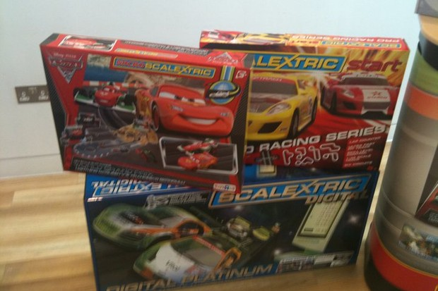 hornby-hobbies-showcases-its-christmas-scalextric-airfix-and-train-sets_24955