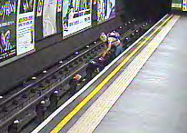 horror-as-baby-in-buggy-is-blown-onto-tube-tracks_59577