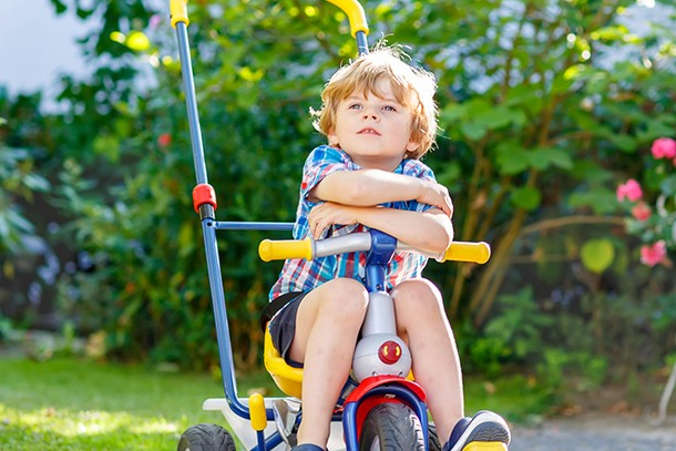 how-and-when-to-teach-your-toddler-to-ride-a-trike_trike33