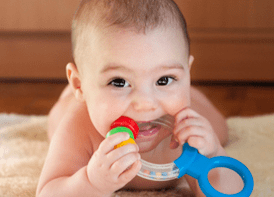 how-do-i-feed-a-teething-baby_73940