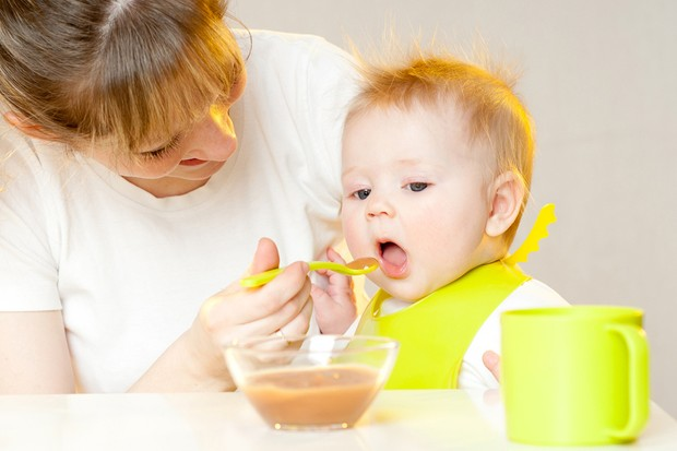 how-do-i-wean-a-baby-with-reflux_73942