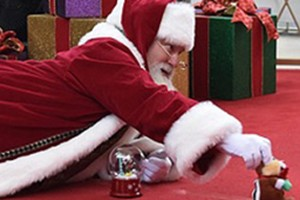 how-father-christmas-made-this-boy-with-autisms-christmas_138789