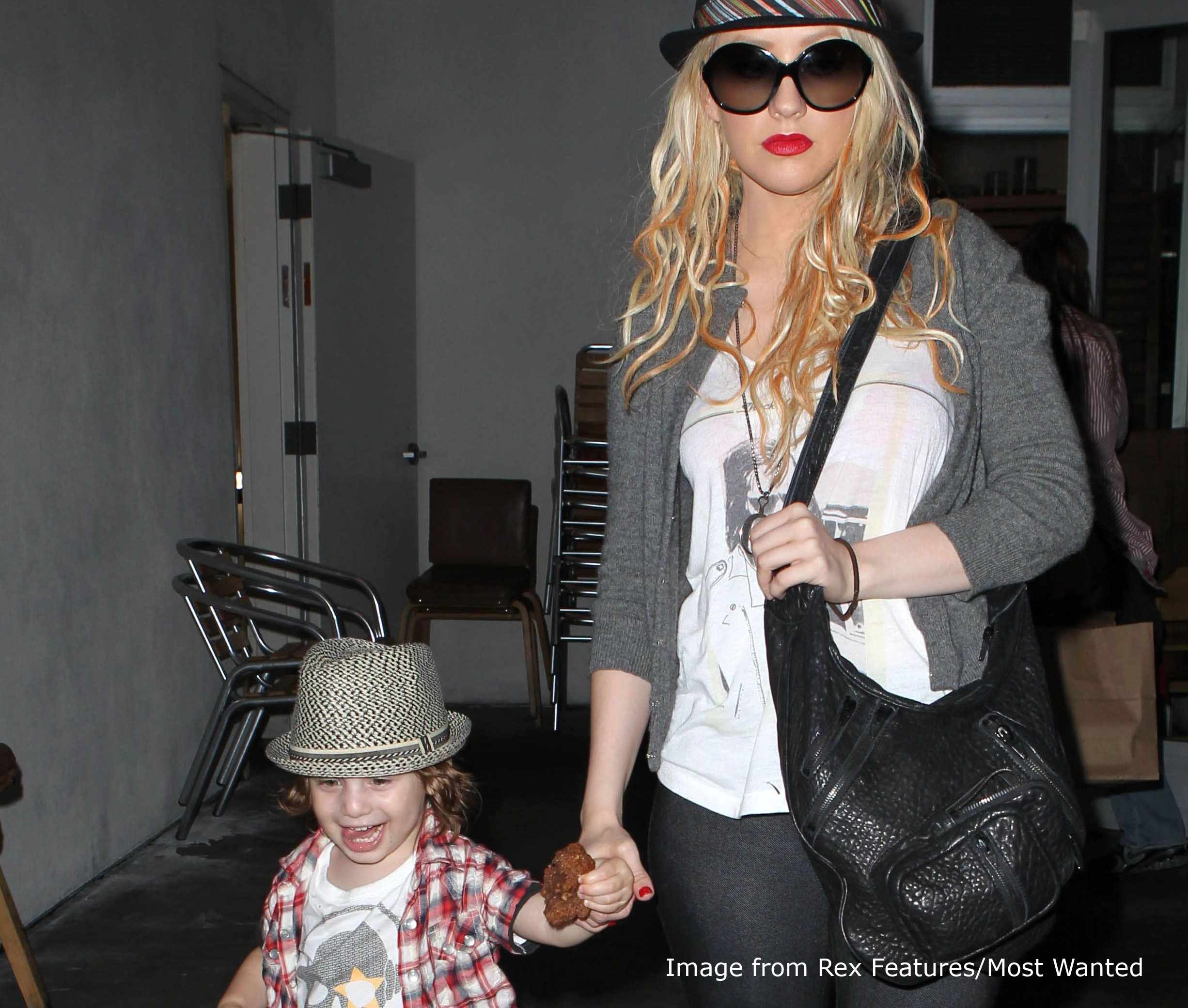 how-much-sleep-celebrity-parents-really-have-a-night_20920