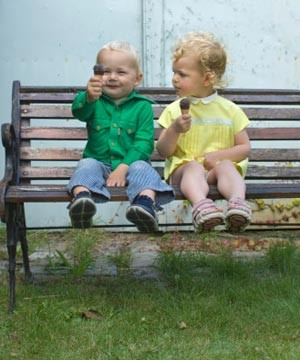 how-to-help-your-toddler-make-friends_71068