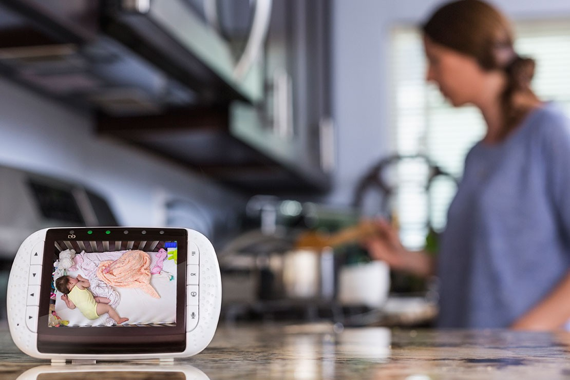 how-to-keep-your-baby-monitor-safe-from-hackers_162933