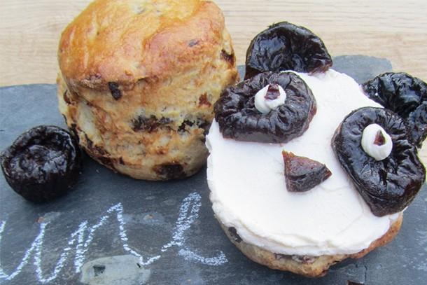 how-to-make-gbbo-star-frances-quinns-prune-panda-scones_161052
