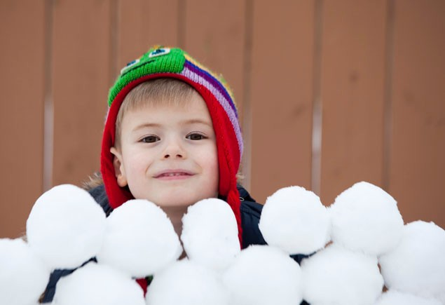 how-to-make-the-perfect-snowball_44480