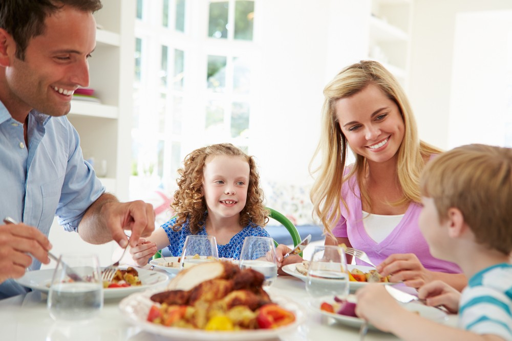 how-to-reduce-the-risk-of-your-child-developing-an-eating-disorder_52197