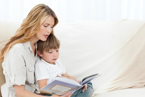 how-to-tell-your-child-a-story-by-author-jane-hissey_57014