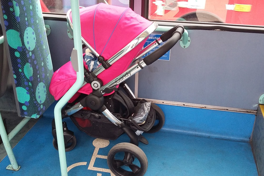 icandy-peach-single-pushchair_peach%20publictransport